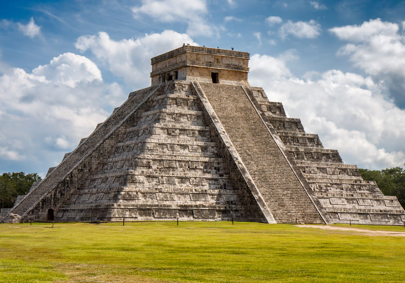 chichen-itza--main-830
